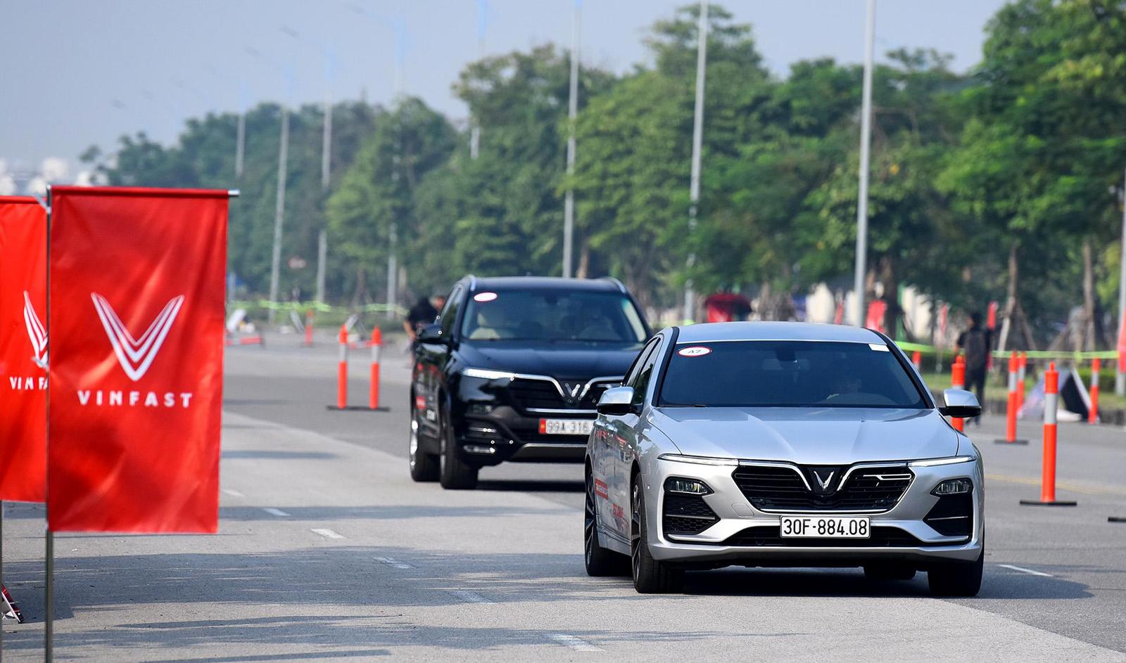VinFast bất ngờ tăng giá xe Lux SA2.0 và Lux A2.0