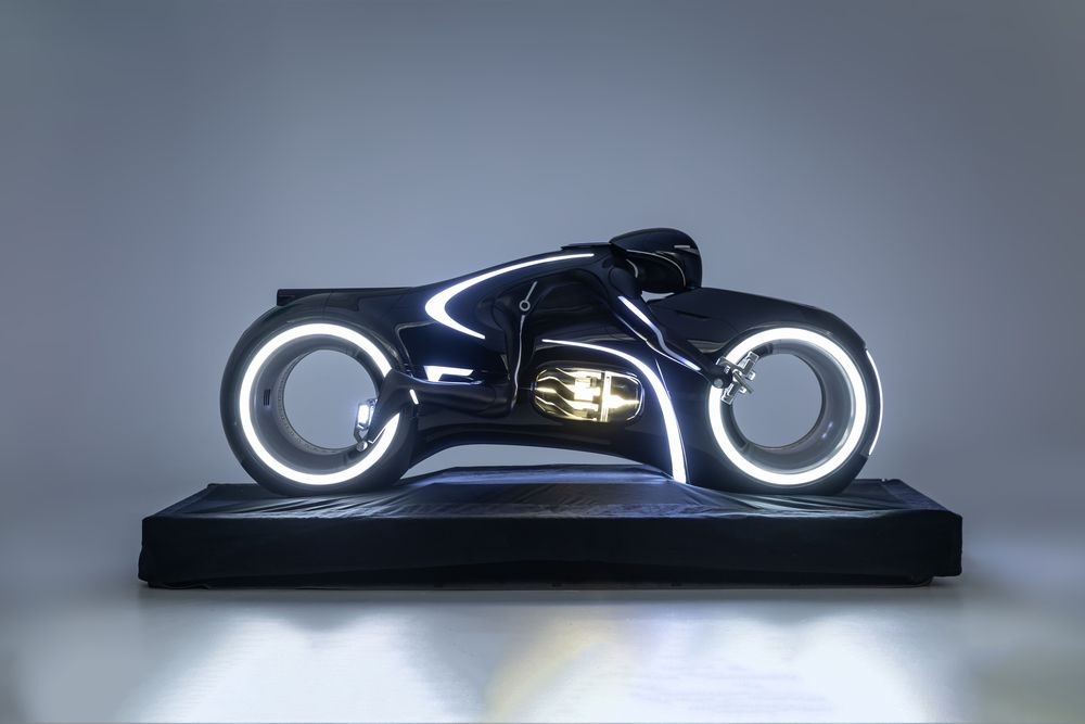 Lightcycle trong phim Tron: Legacy.