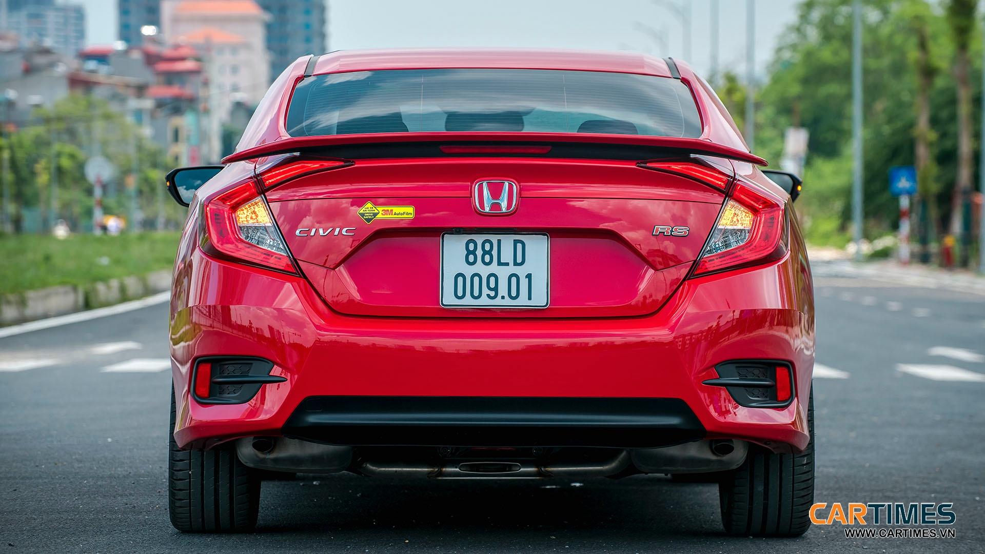 Thiết kế đuôi xe Honda Civic RS 2019