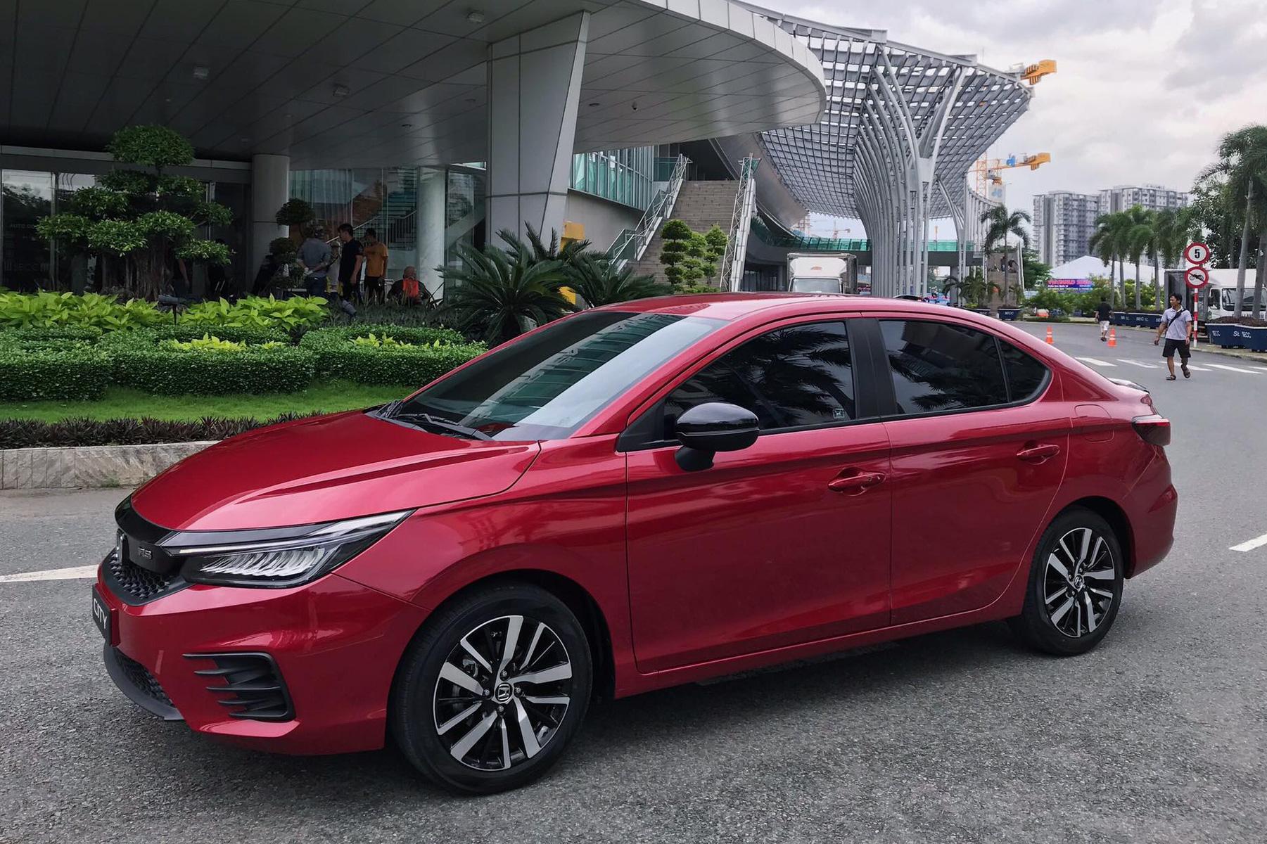 Honda City 2021 lỡ hẹn hưởng phí trước bạ 50%