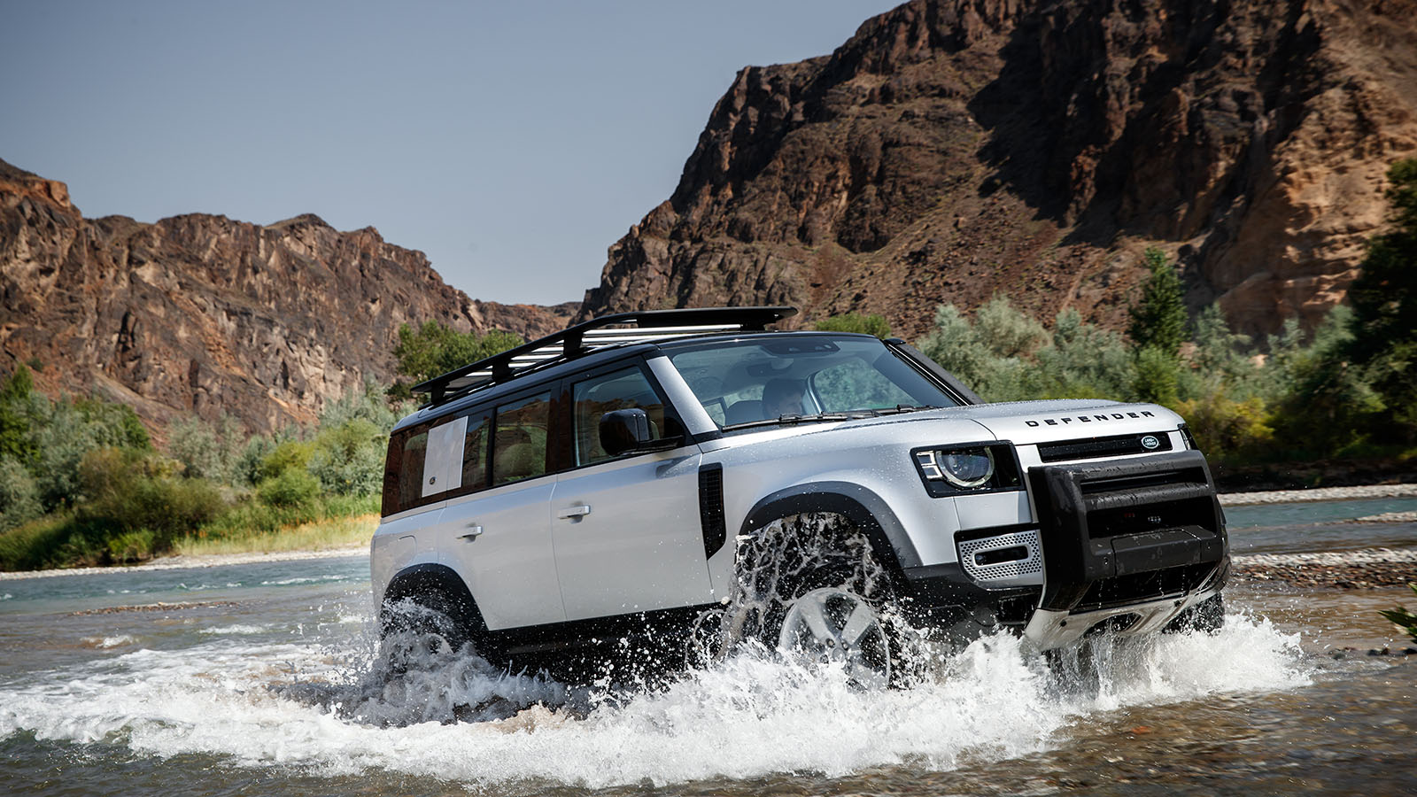 Thiết kế xe xe Land Rover Defender 2020