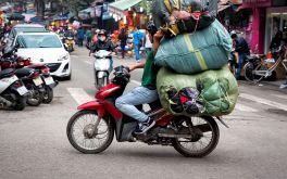 Cấm xe máy ở Việt Nam là đúng!?