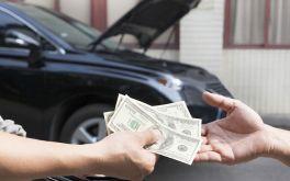 Những mánh lới trong nghề bán xe