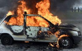 9 nguyên nhân khiến ô tô bốc cháy, có hay không lỗi của nhà sản xuất?