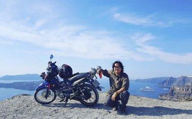 """Theo chân chàng trai Việt phượt """"khắp thế gian"""" bằng xe máy"""