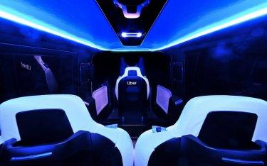 Bên trong cabin hiện đại sang chảnh của taxi bay Uber