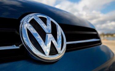 """""""Ông lớn"""" Volkswagen đã thâu tóm 12 thương hiệu xe đình đám như thế nào?"""